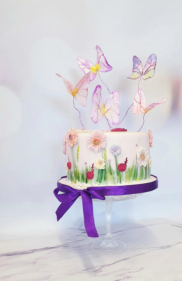 Flowercake and butterflies