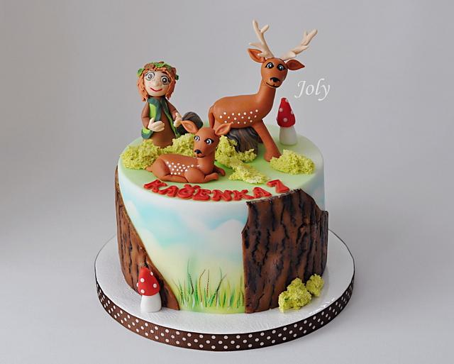 Cake with a fawn