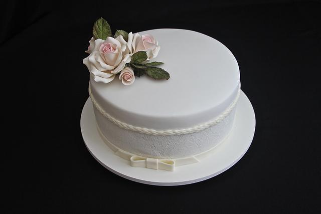 Romantic Mini Wedding Cake