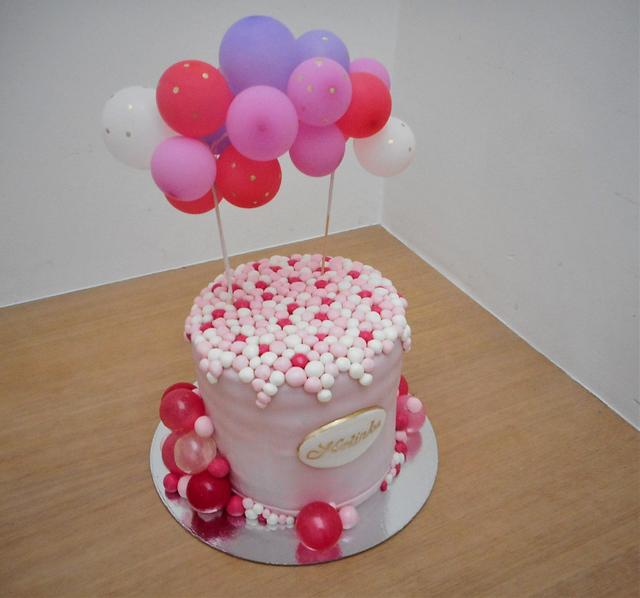 Bubbles cake for a small girl