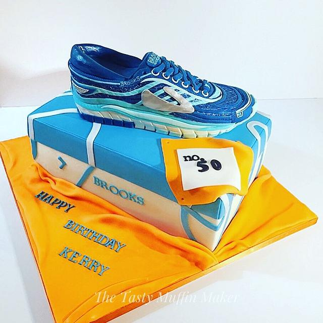 Brooks Trainer cake