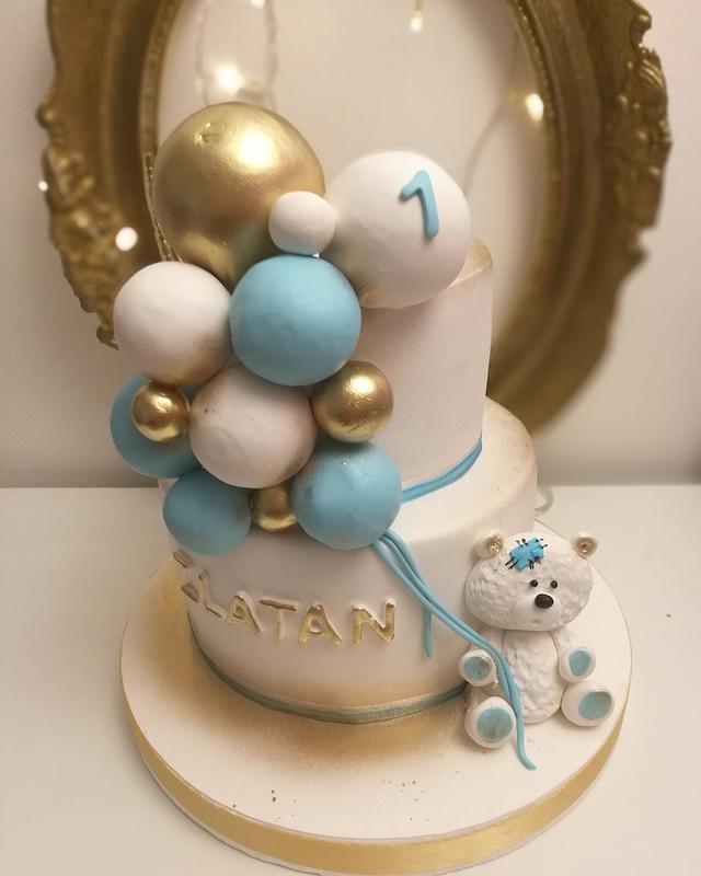 Bear ballon cake