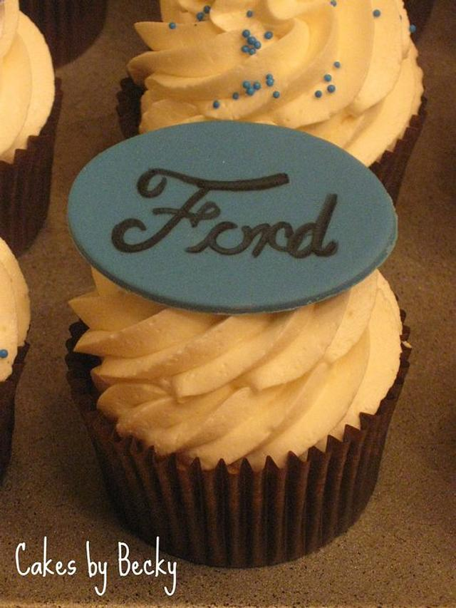 Ford Fan Cupcakes