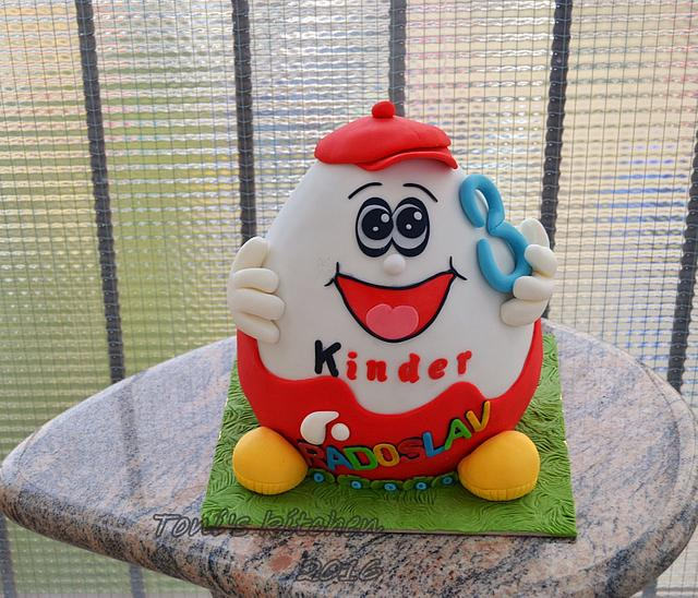 Kinder birthday cake