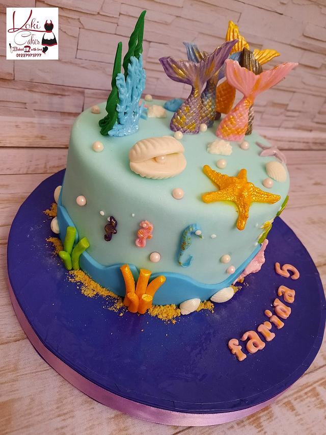 """Mermaid Tail cake"""