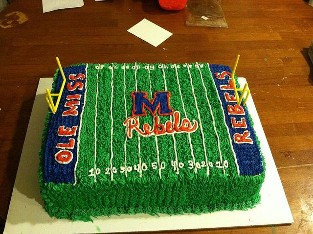 Strange Ole Miss Football Cake Cake By Yvette Cakesdecor Funny Birthday Cards Online Fluifree Goldxyz