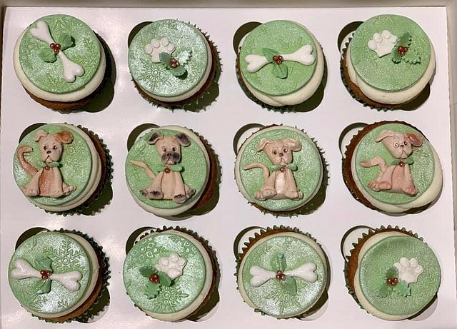 Christmas Puppy Cupcakes
