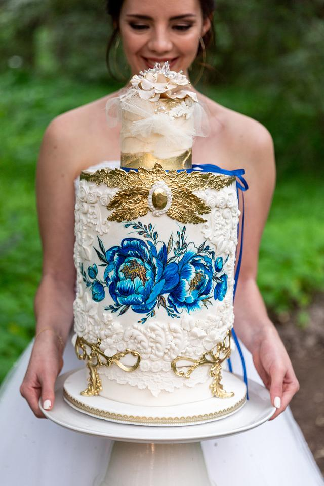 """Celestial Delft"" Wedding Cake"
