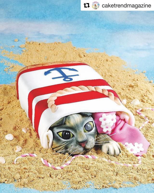 Puclish Summer Cat