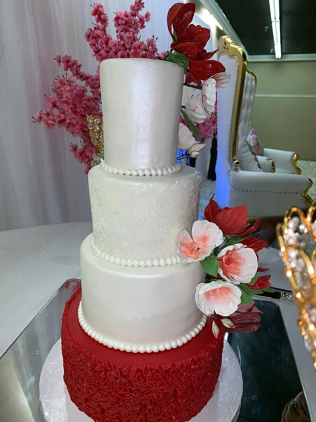 Apple red and white wedding cake