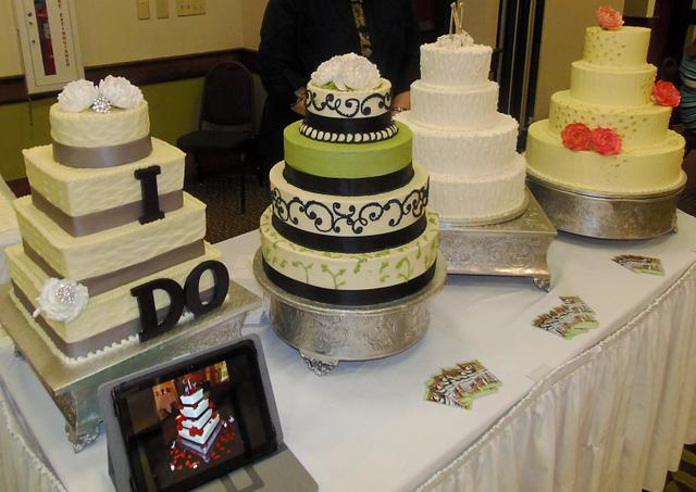 Wedding show tiered cakes