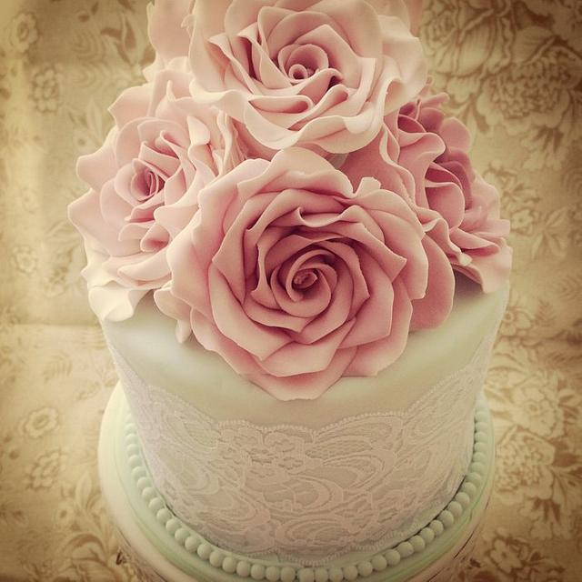 Cool Vintage Birthday Cake Cake By Priscillas Cakes Cakesdecor Personalised Birthday Cards Veneteletsinfo