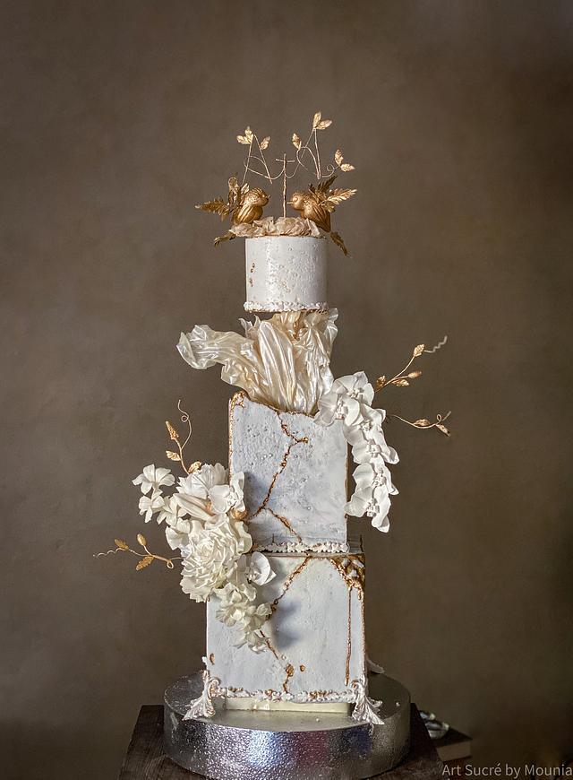 White kintsugi Engagement cake