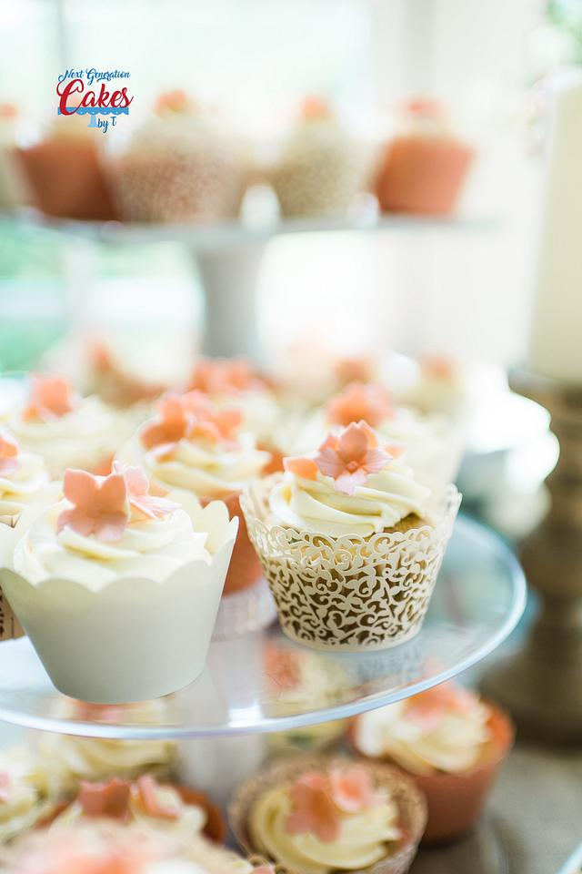 Peach and ivory wedding cupcakes