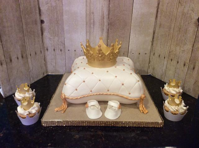 Prince Pillow Cake