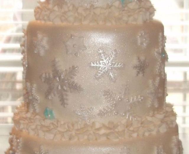 Sweet 16 Snowflake Cake