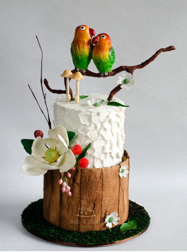 Love Birds Wedding Cake !!