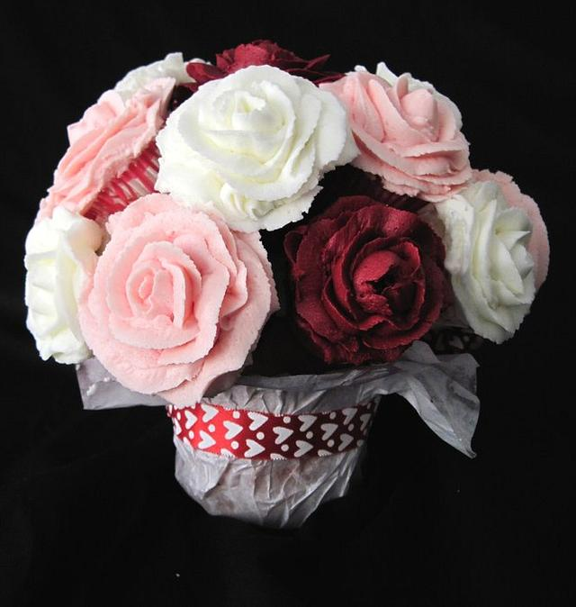 Valentine's Day Mini Cupcake Bouquet