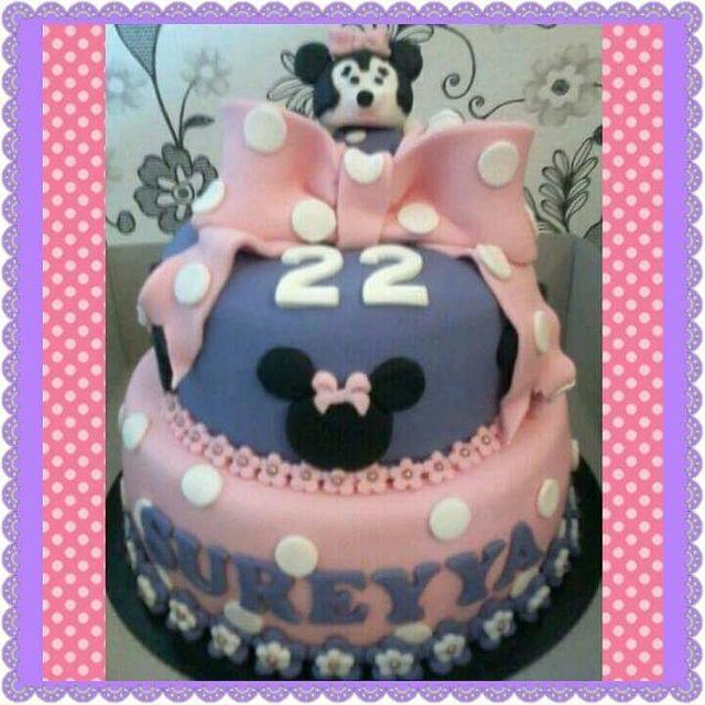 Minnie mouse cake purple pink
