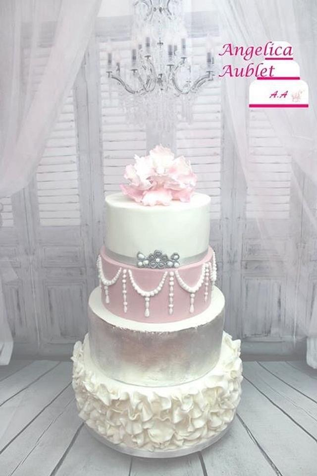 Wedding Cakes silver and pink