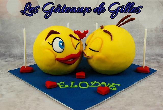 Kissing Emoji