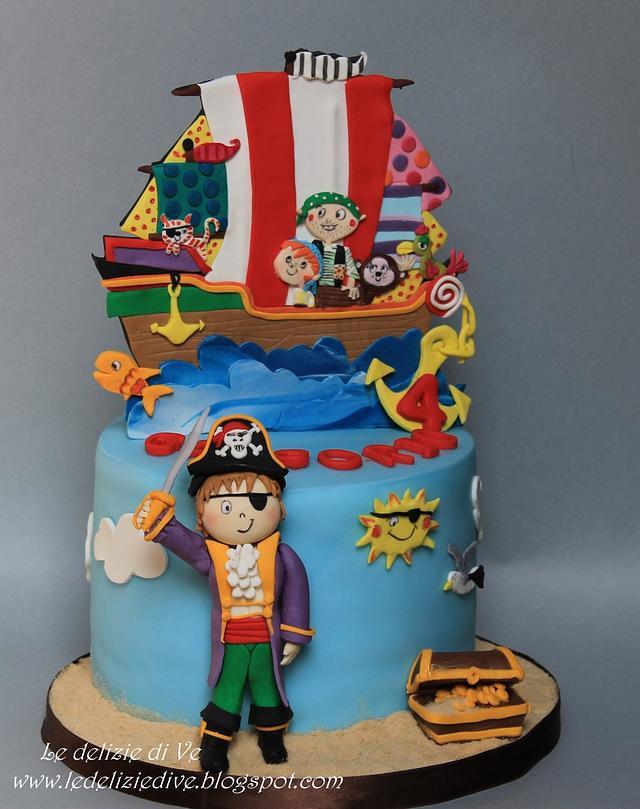PIRATS CAKE