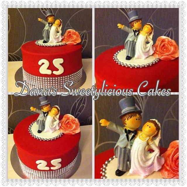 Small weddingcake25 anniversary