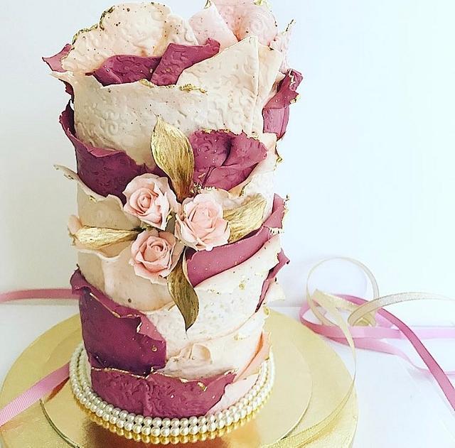Torn Effect Dusky Pink Cake