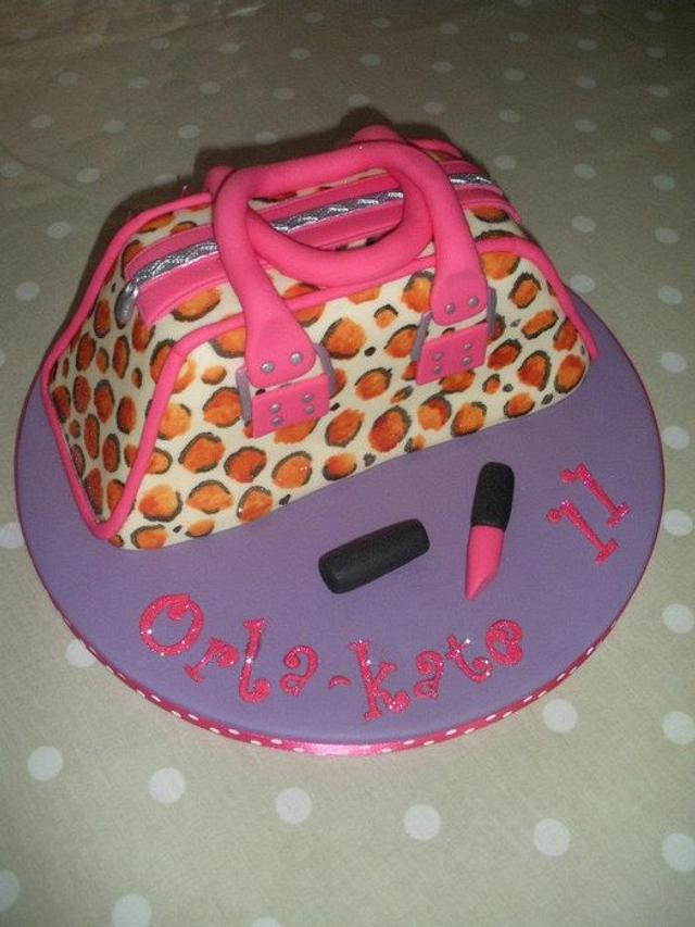 Snazzy Bag Cake