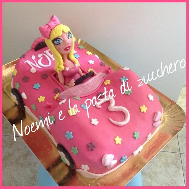 Car's cake with barbie