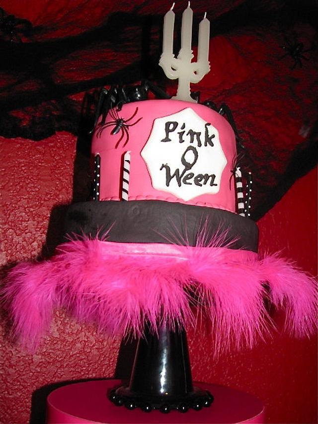 Pink O Ween Cake