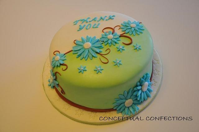 Blue Daisies Cake