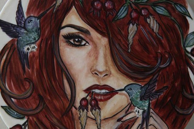 Girl with humminsbird