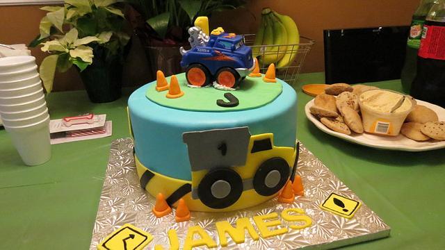 Strange Tonka Truck Inspired Cake Cake By Vilma Cakesdecor Funny Birthday Cards Online Necthendildamsfinfo