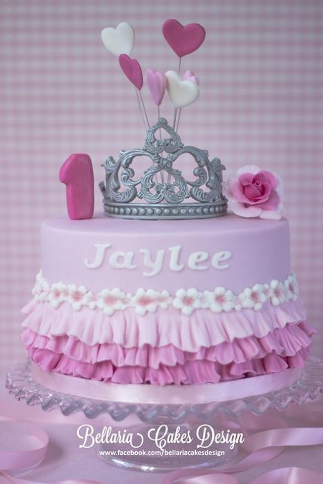 Groovy Tiara Ruffles Birthday Cake Cake By Bellaria Cake Cakesdecor Funny Birthday Cards Online Amentibdeldamsfinfo