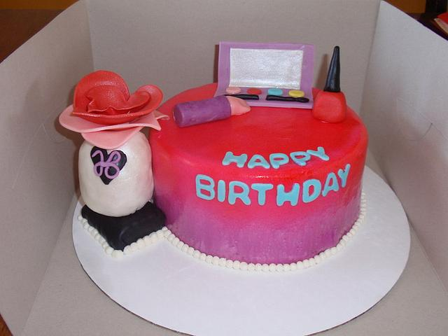 Make Up with Justine Beiber Purfume Cake