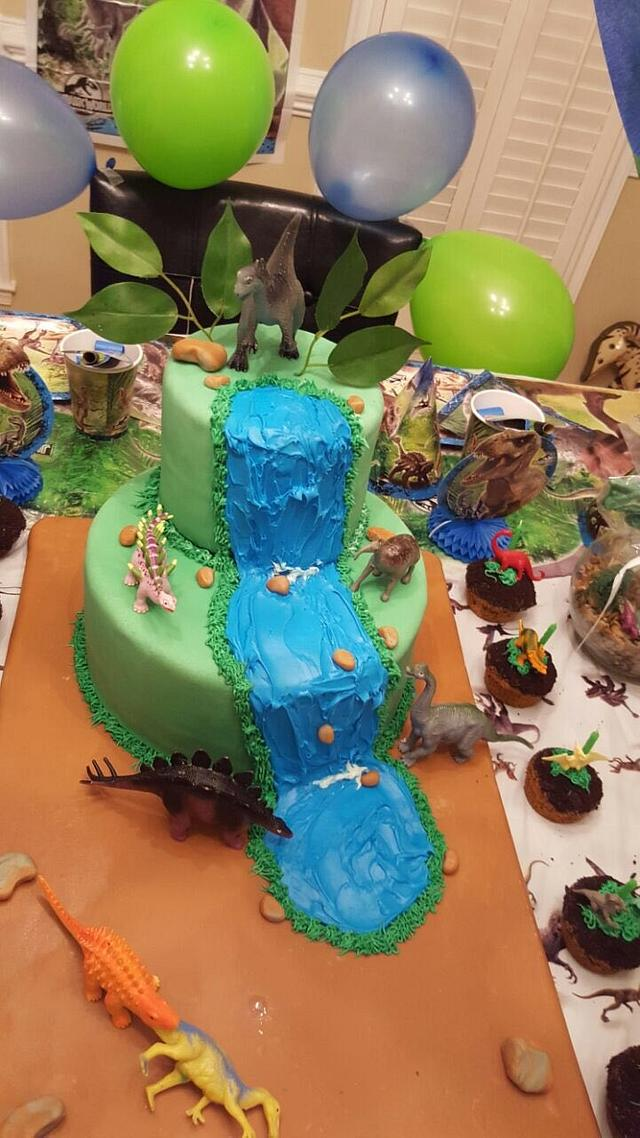 Dinasour cake for my son