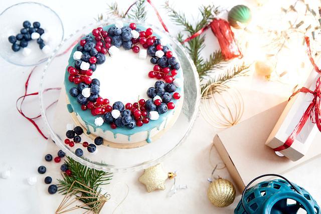 new year cake with fresh berries