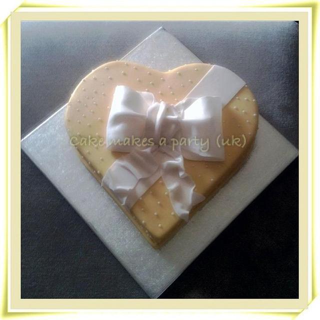 lemon heart engagment cake