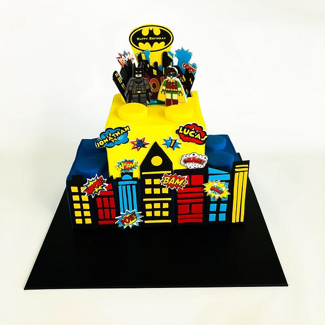 Brilliant Lego Batman And Robin Cake Cake By At Piece Cakesdecor Personalised Birthday Cards Vishlily Jamesorg