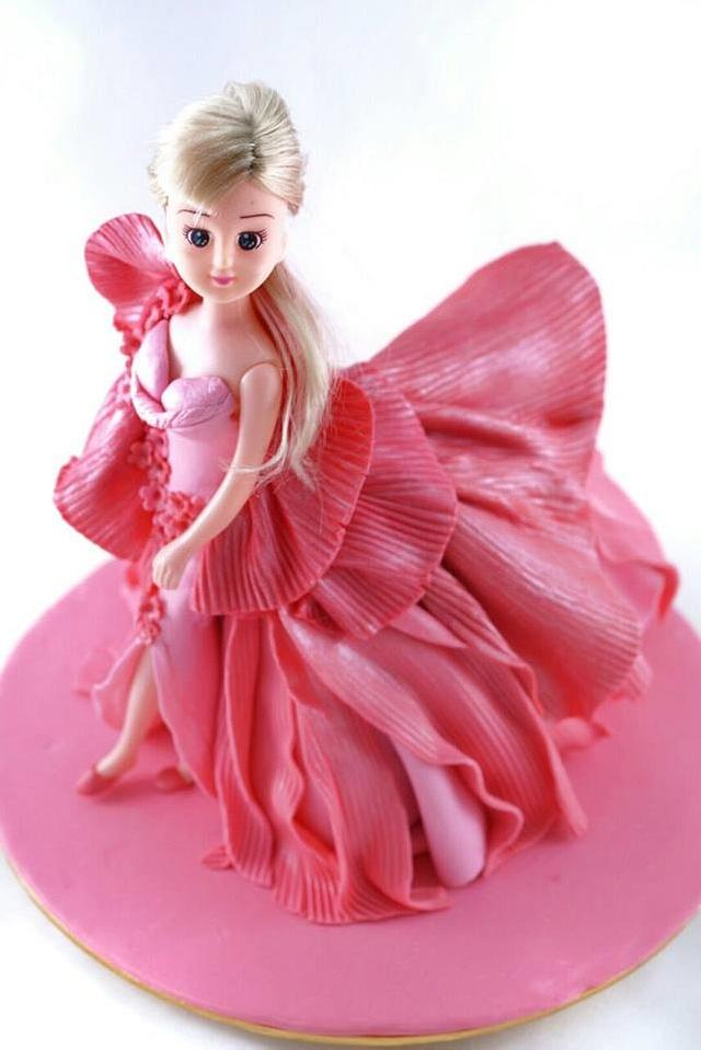 Barbie doll runway theme fondant cake