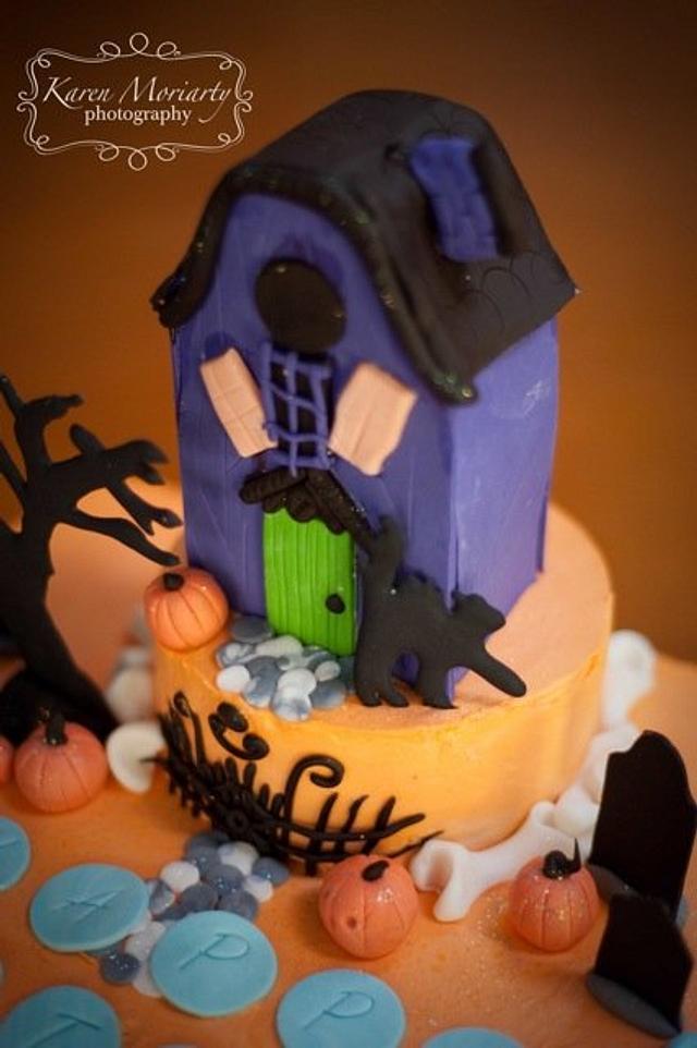 Haunted Halloween Birthday Cake
