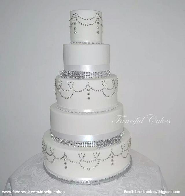 5 tier vintage bling wedding cake