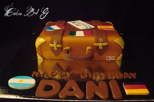 Suite Case Cake