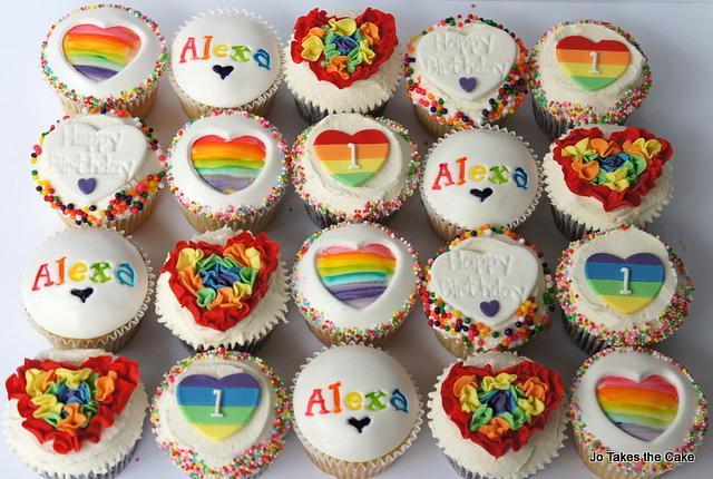 Rainbow Love Ruffles cupcakes