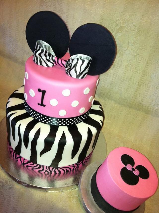 Minnie Mouse Meets Zebra