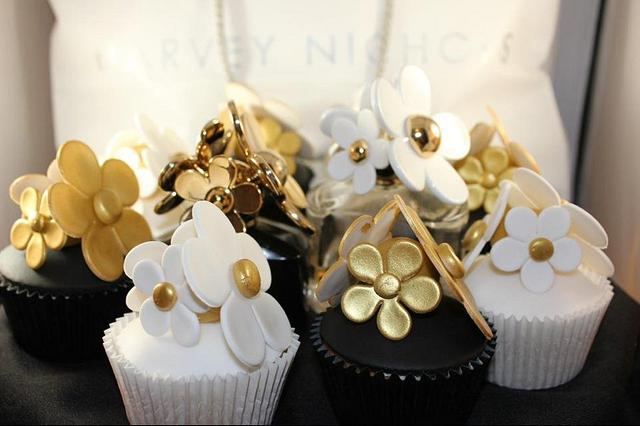 spot the cupcakes.  Marc Jacobs inspired