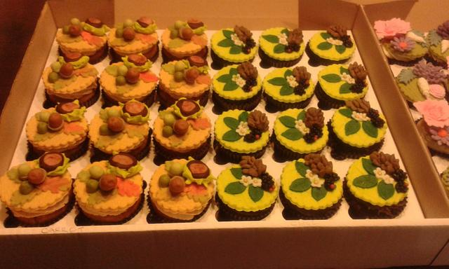 September Wedding cupcakes