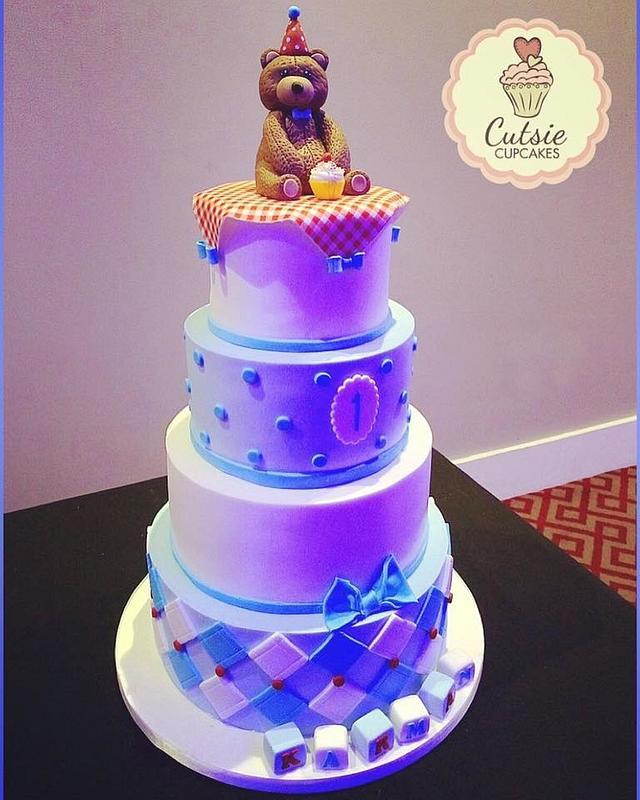 Stunning Teddy Bear Cake