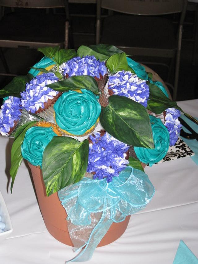 Bridal Shower Cupcake Bouquet!